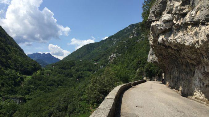 Alte Ponale Strasse von Riva ins Ledrotal