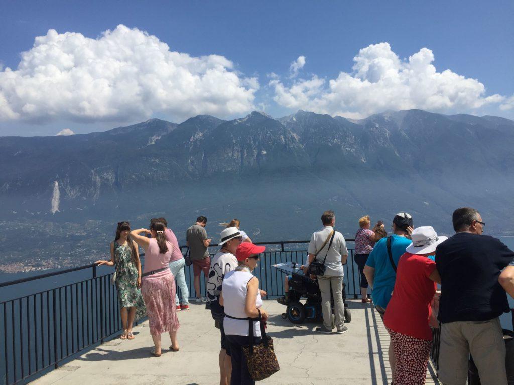 Aussichtsplattform der Schauderterrasse in Pieve di Tremosine
