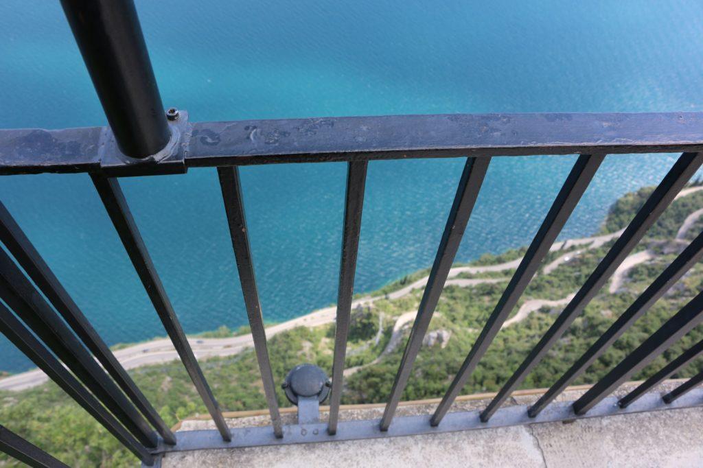 Blick von der Aussichtsplattform der Schauderterassen in Tremosine