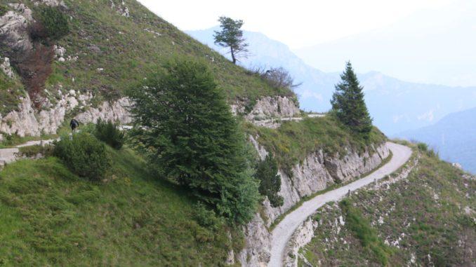 Alte Militaerstrasse zum Tremalzo Pass