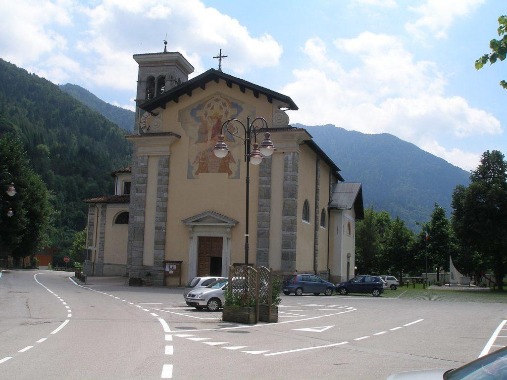 Tiarno di Sopra - Kirche St Peter und St Paul